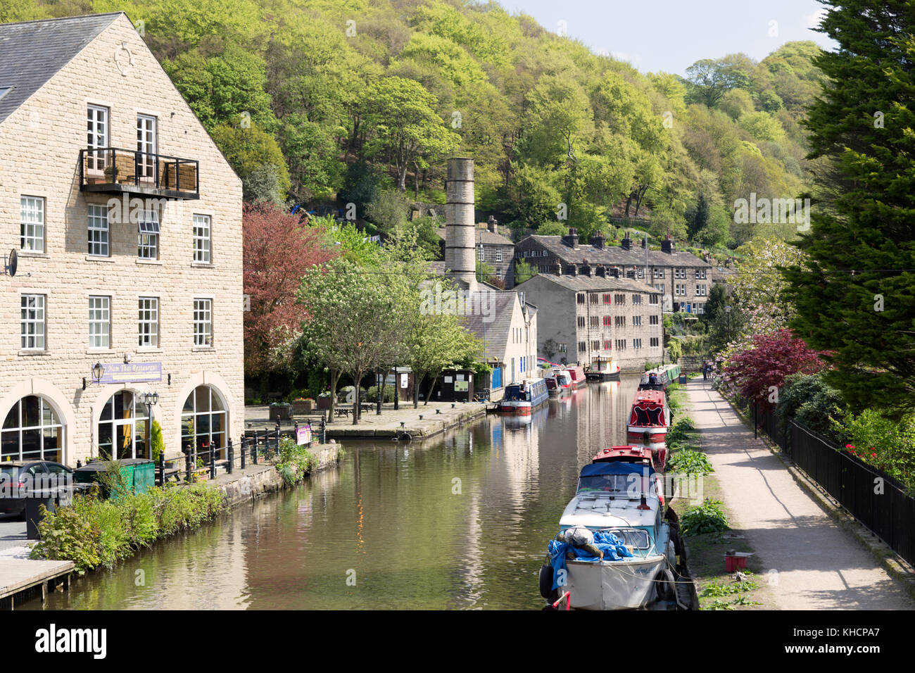 UK, West Yorkshire, view along the Rochdale canal at Hebden Bridge. - Stock Image