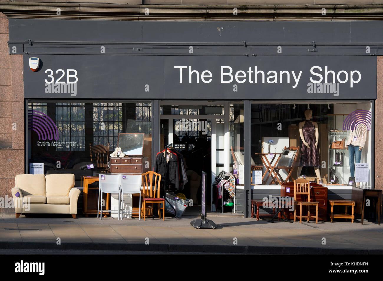 Scotland shops stock photos scotland shops stock images alamy united kingdom scotland edinburgh shops along leith walk stock image malvernweather Choice Image