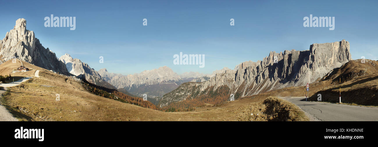 Beautiful wide angle view of Dolomites Pass Giau Alps Italy in Autumn - Stock Image