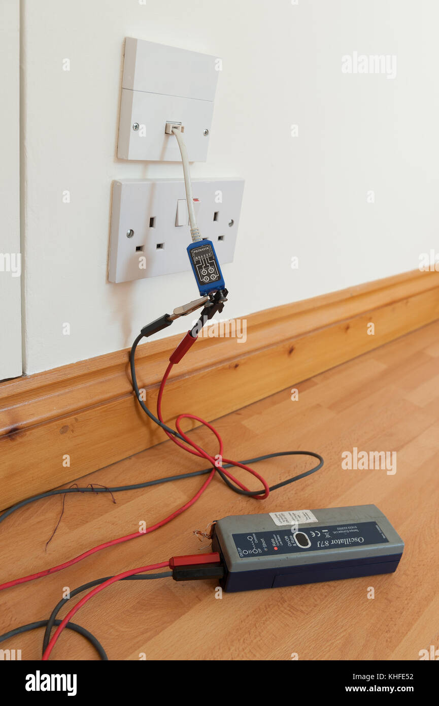 testing electrical circuit continuity of broadband telephone wire rh alamy com Automotive Wiring Junction Box Telephone Wiring Junction Box