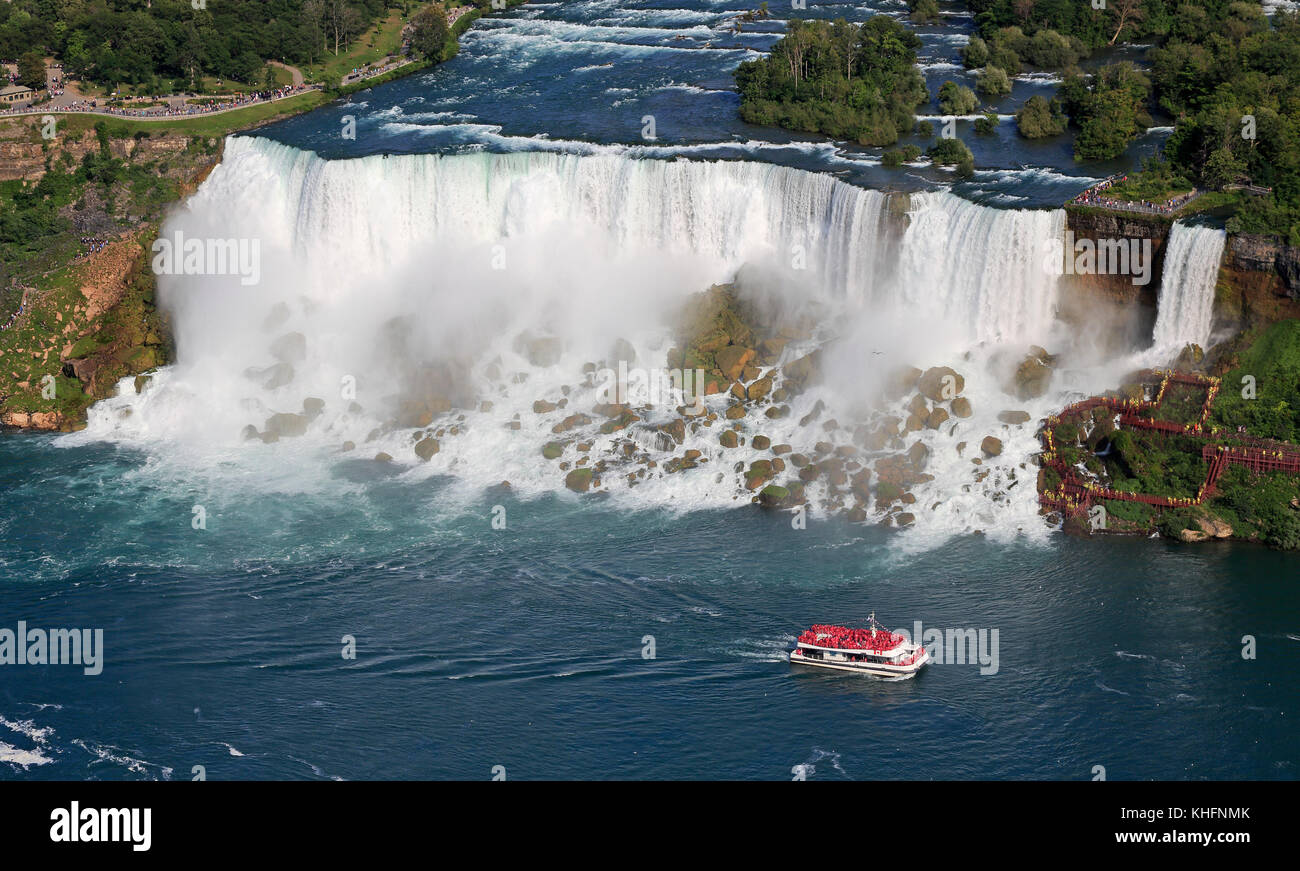 American Niagara Falls and cruise boat, USA - Stock Image