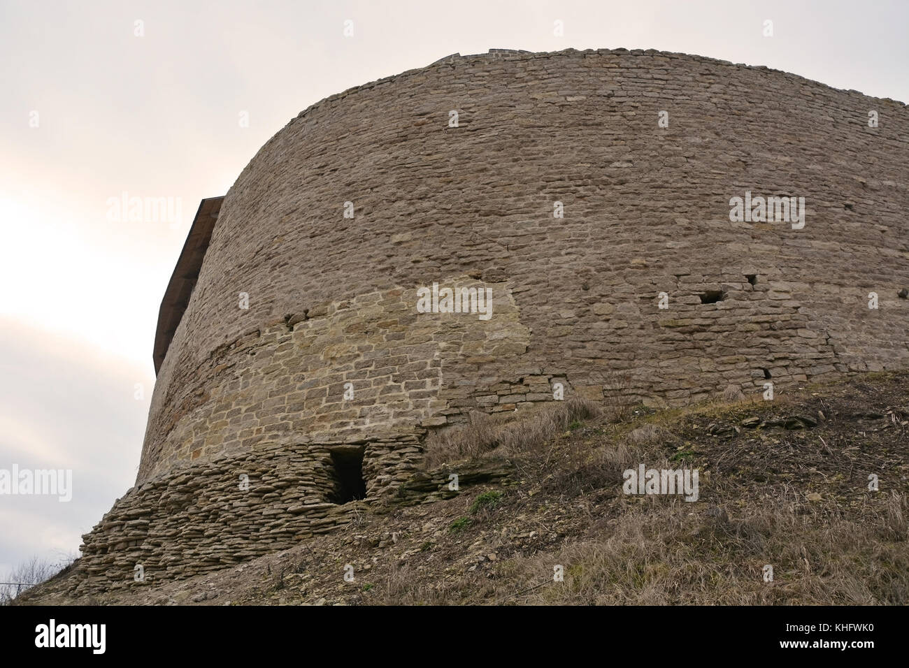 Izborsk fortress, Pskov region: photo and description, history of sights, how to get 67