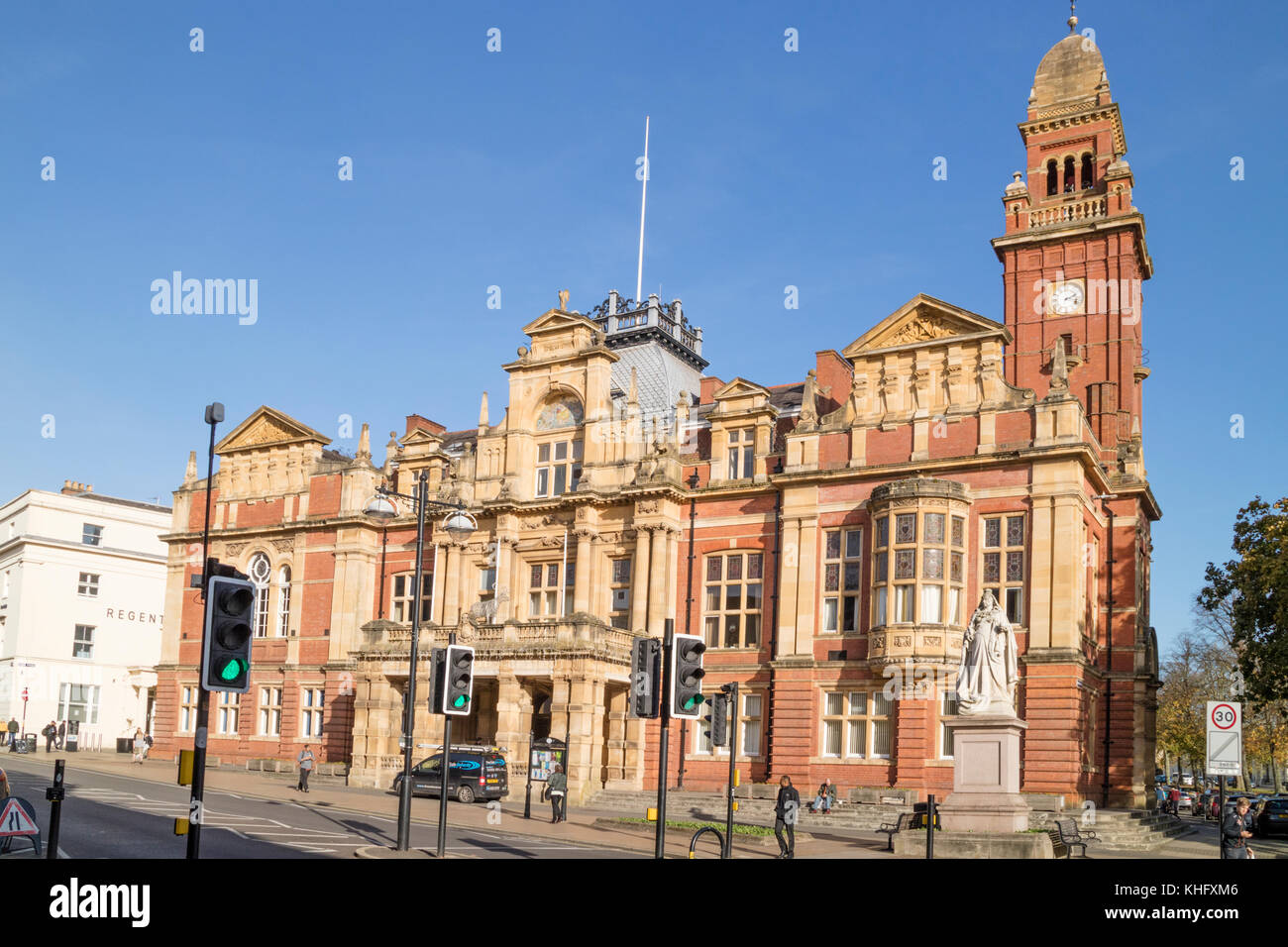 Leamington Spa Town Council building, Leamington Spa, Warwickshire, England, UK - Stock Image