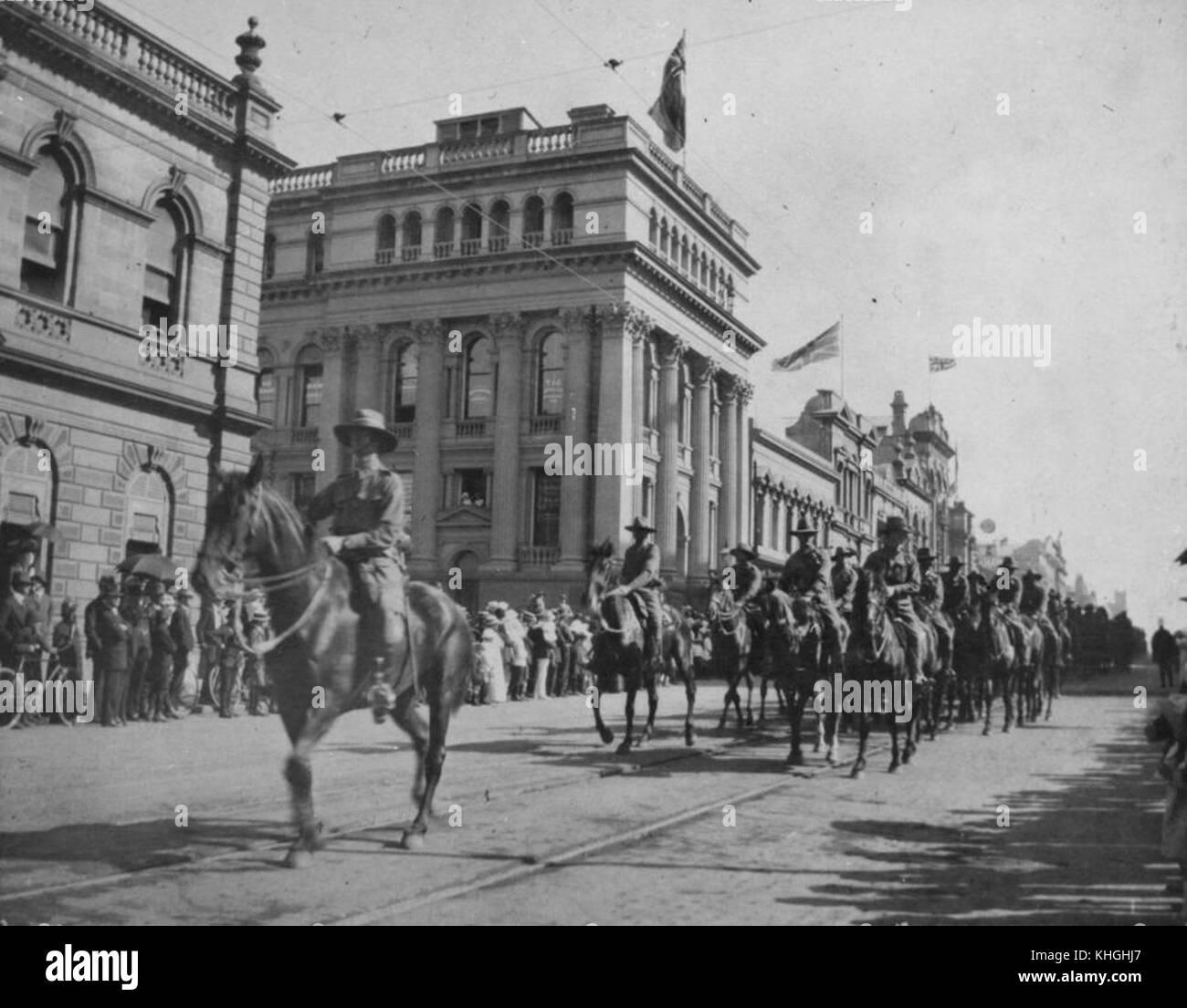 2 239957 Cavalry parade along Queen Street, Brisbane, ca. 1914 - Stock Image