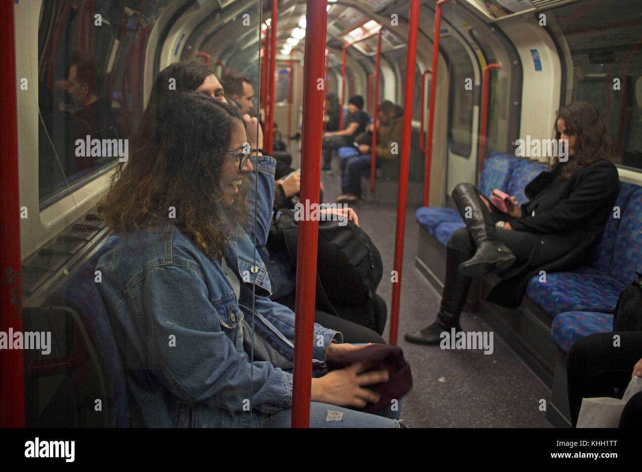 London, England, UK. 11th November 2017. People laughing and enjoying the night tube service ©Sian Reekie - Stock Image