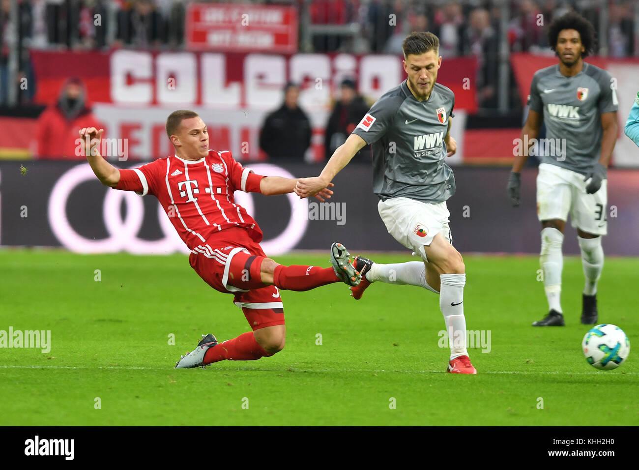 Joshua KIMMICH (FC Bayern Munich), Aktion, ZweikamAktion, duels versus Jeffrey GOUWELEEUW (AugsburJeffrey GOUWELEEUW - Stock Image
