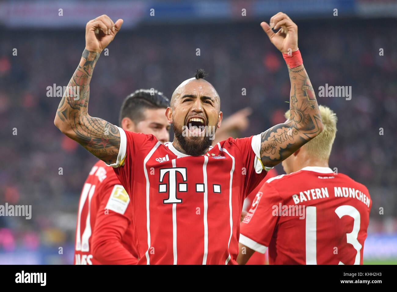 goaljubel Arturo VIDAL (FC Bayern Munich) after goal zum 1-0, Aktion, jubilation, Freude, Begeisterung, Fussball - Stock Image