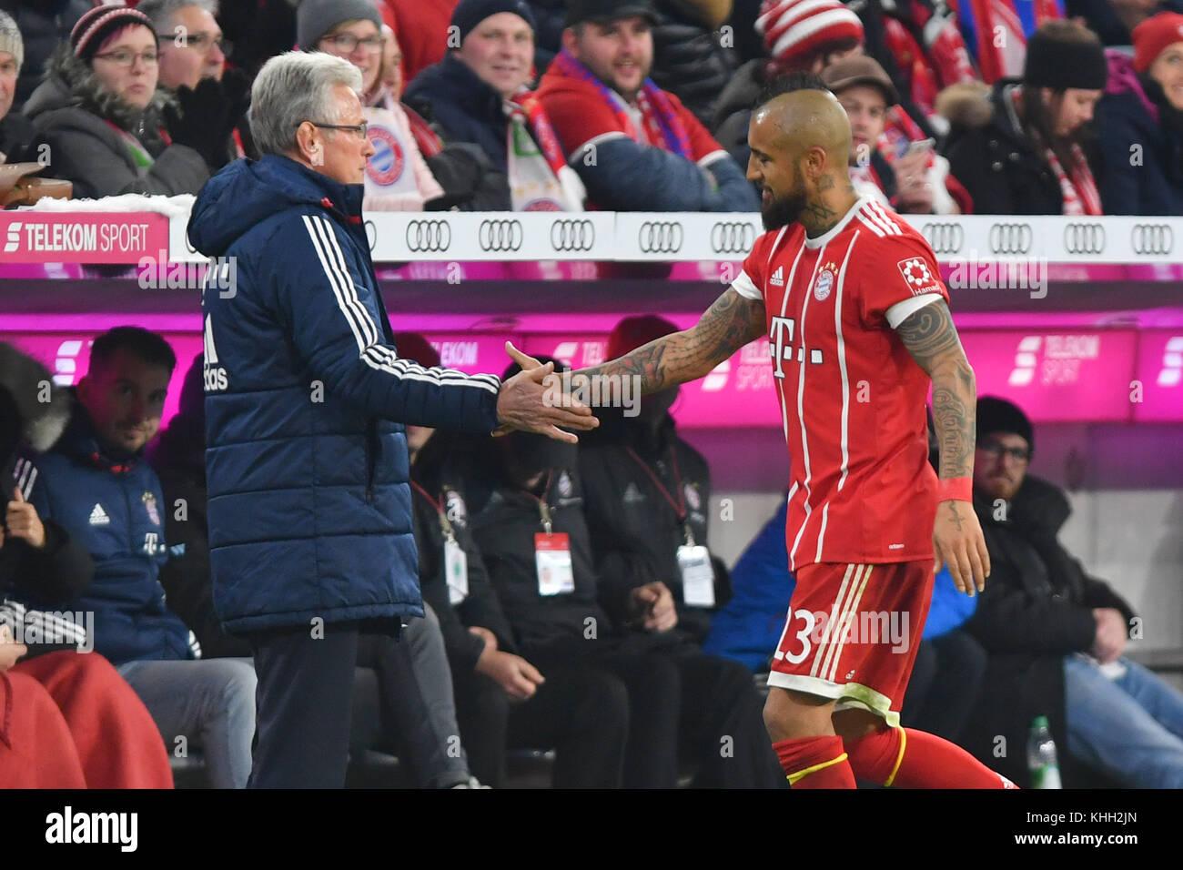 Jupp HEYNCKES (Trainer FC Bayern Munich) with Arturo VIDAL (FC Bayern Munich) after Auswechslung, Fussball 1. Bundesliga, - Stock Image