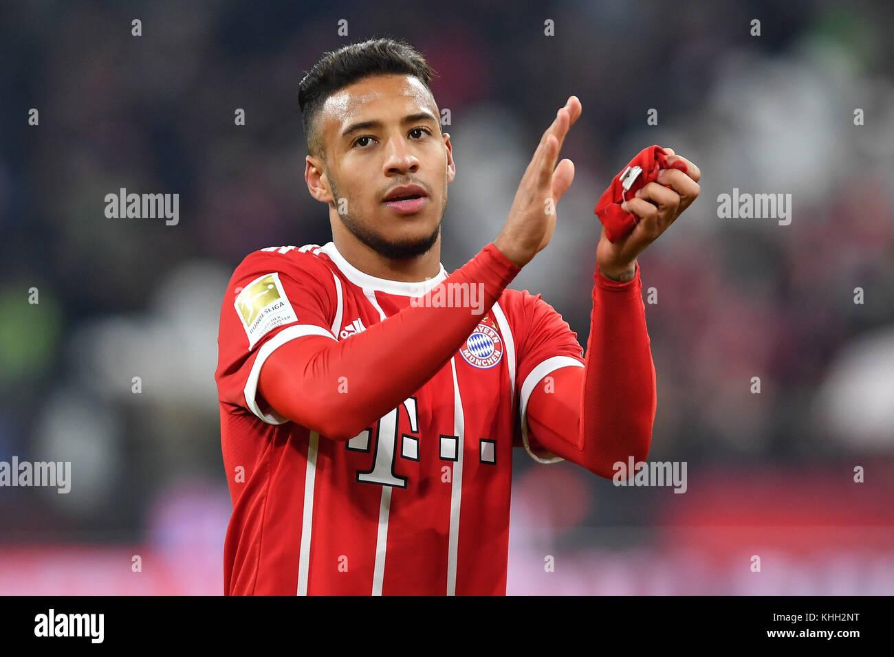 Corentin TOLISSO (FC Bayern Munich), klatscht Applaus, gesture, Aktion, Einzelbild, angeschnittenes Einzelmotiv, - Stock Image
