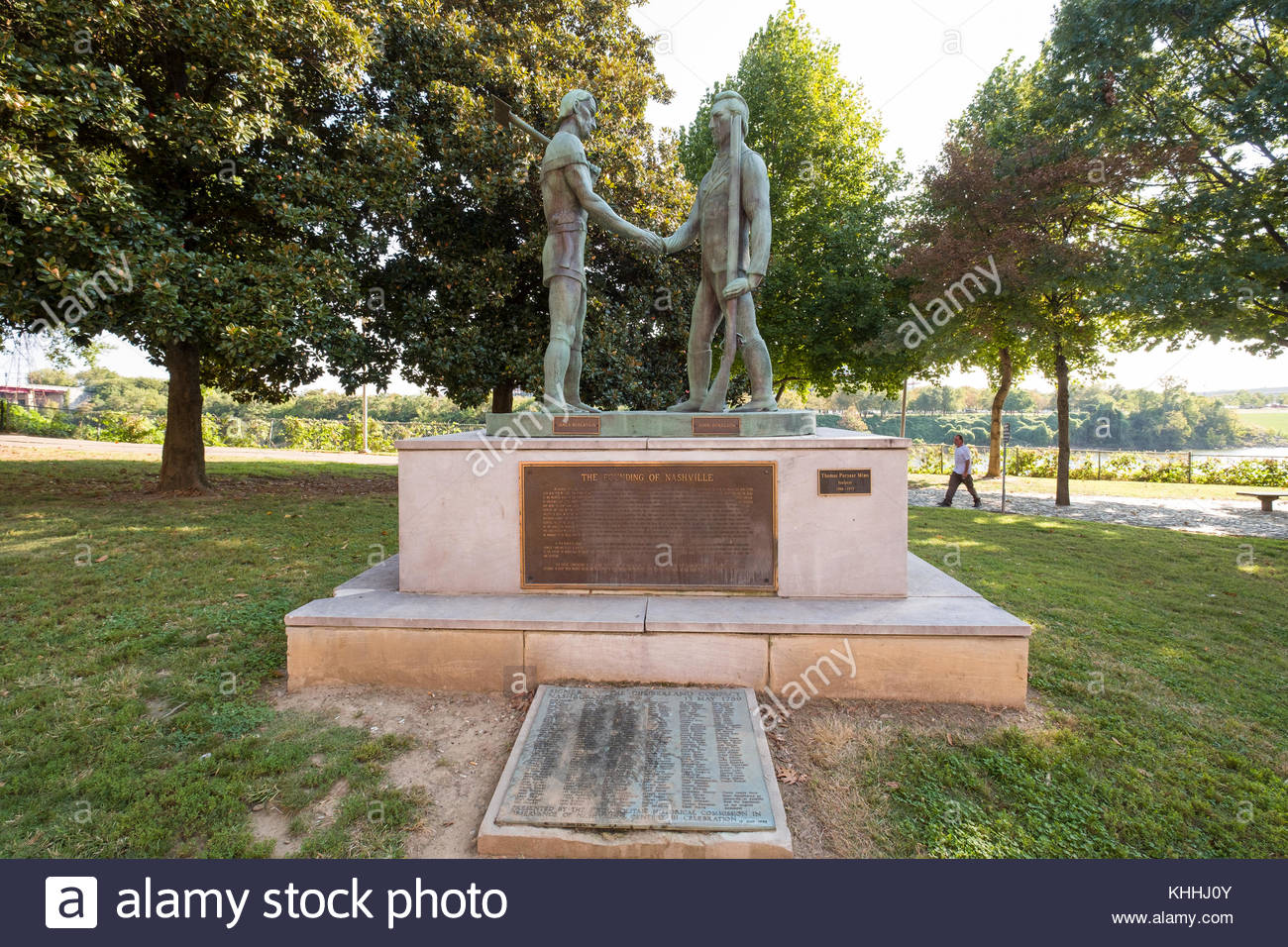 Copper statue The Founding of Nashville by Thomas Puryear Mims depicting James Robertson and John Donelson shaking - Stock Image