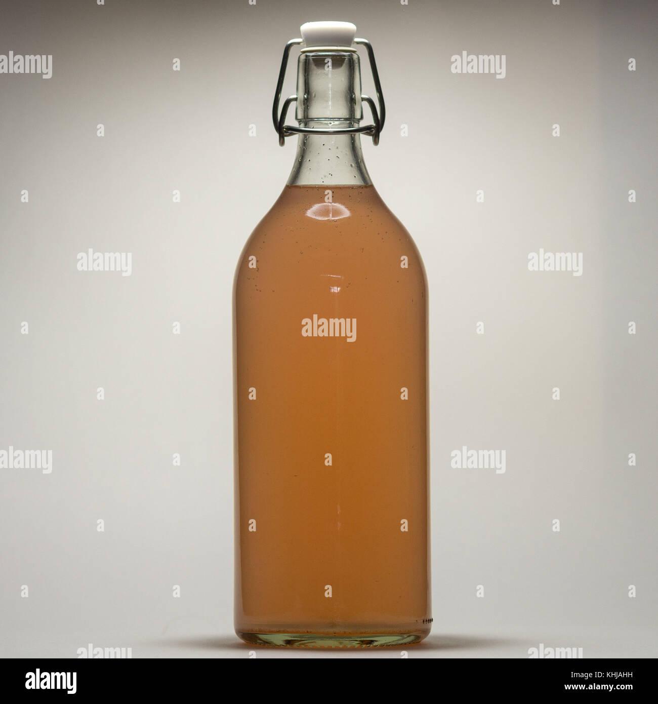 Bottled water kefir - Stock Image