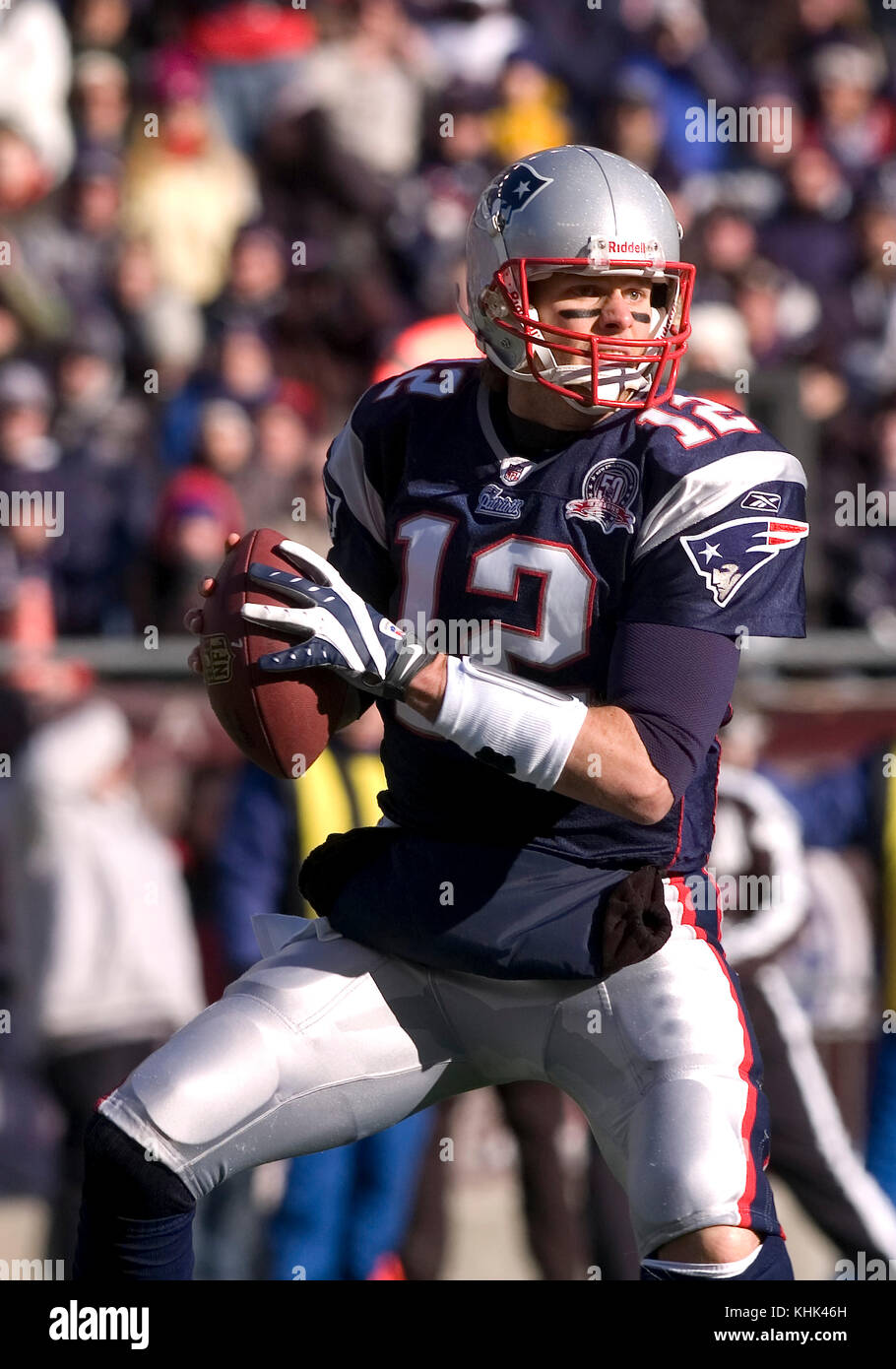 10 January 2010.  New England Patriot Quarterback Tom Brady (12) with a first quarter pass - Stock Image