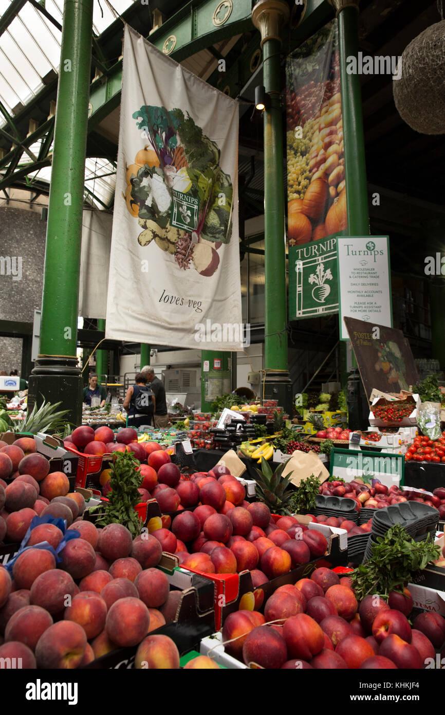 UK, London, Southwark, Borough Market, fresh fruit stall - Stock Image
