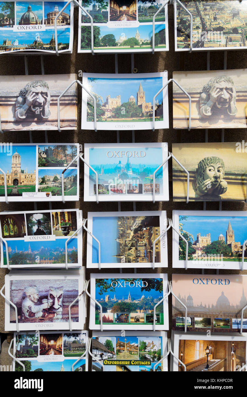 UK, Oxford, torusit postcards of Oxford for sale. - Stock Image