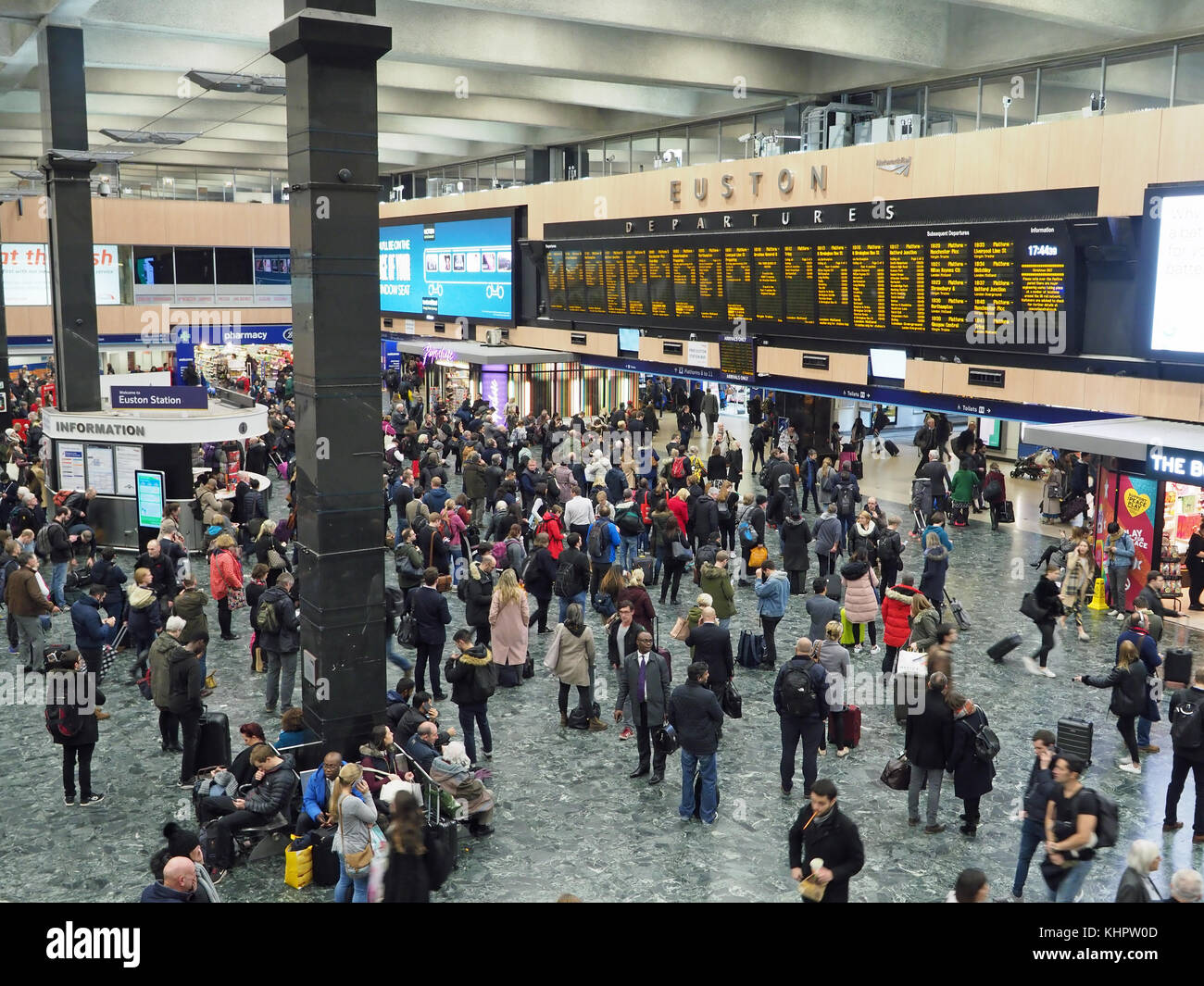 View of the concourse at Euston Station in London - Stock Image