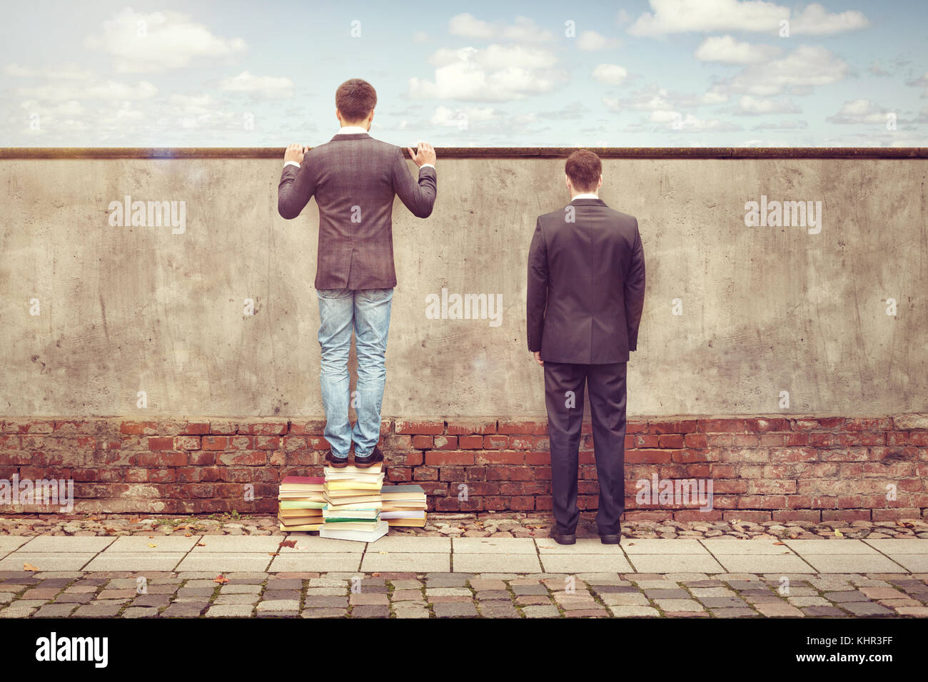 Books broaden one's horizon - Stock Image