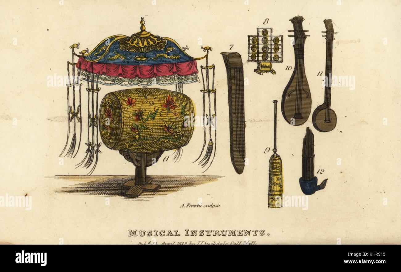 Chinese musical instruments, Qing Dynasty: Pan-Kou kettledrum 6, Tsen six-string guitar 7, Hien-Lo or dulcimer 8, - Stock Image