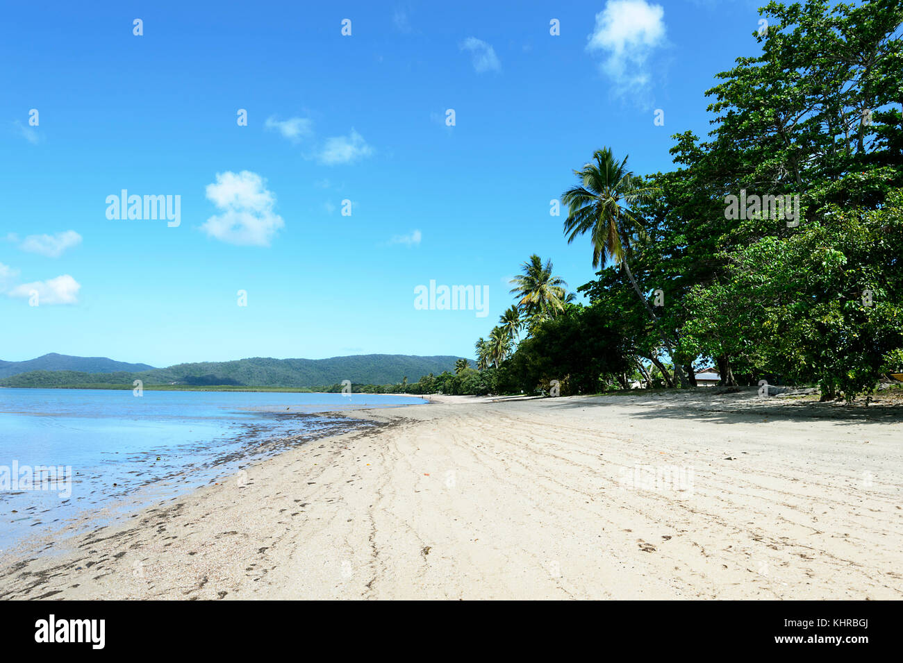 Sandy beach of the Aboriginal Community of Yarrabah, near Cairns, Far North Queensland, FNQ, QLD, Australia - Stock Image