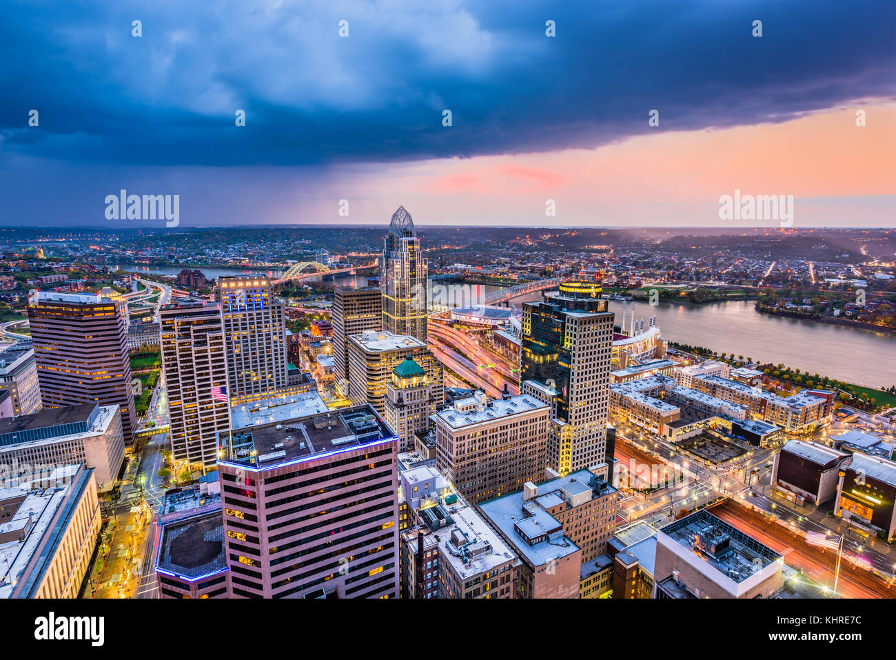 Cincinnati, Ohio, USA cityscape at twilight. - Stock Image