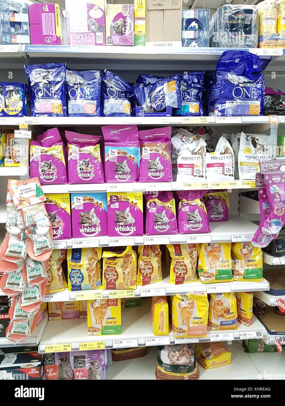 Ennis Ireland Nov 17th 2017 Tesco Store In Ennis County Clare Stock Photo Alamy