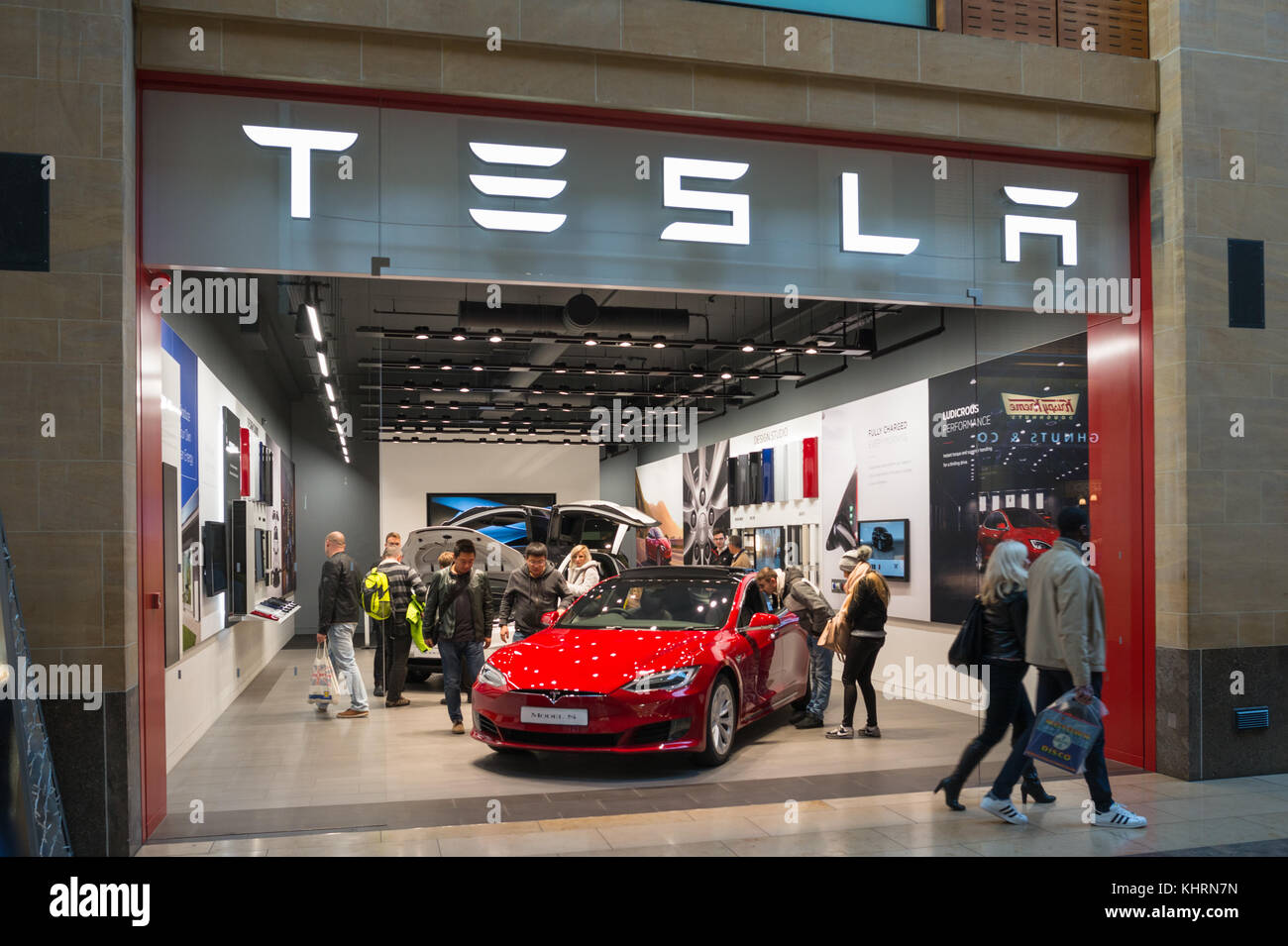 The Tesla Model S Electric car at the showroom in the Grand Arcade shopping Mall, Cambridge, England, UK. - Stock Image