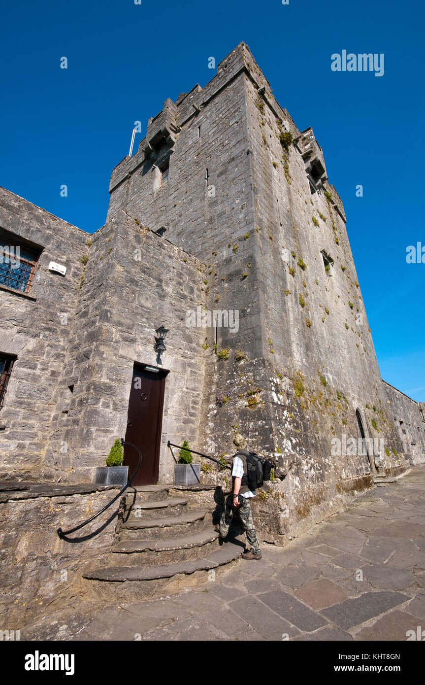 Tower of Dunguaire castle, Kinvarra, County Galway, Ireland - Stock Image