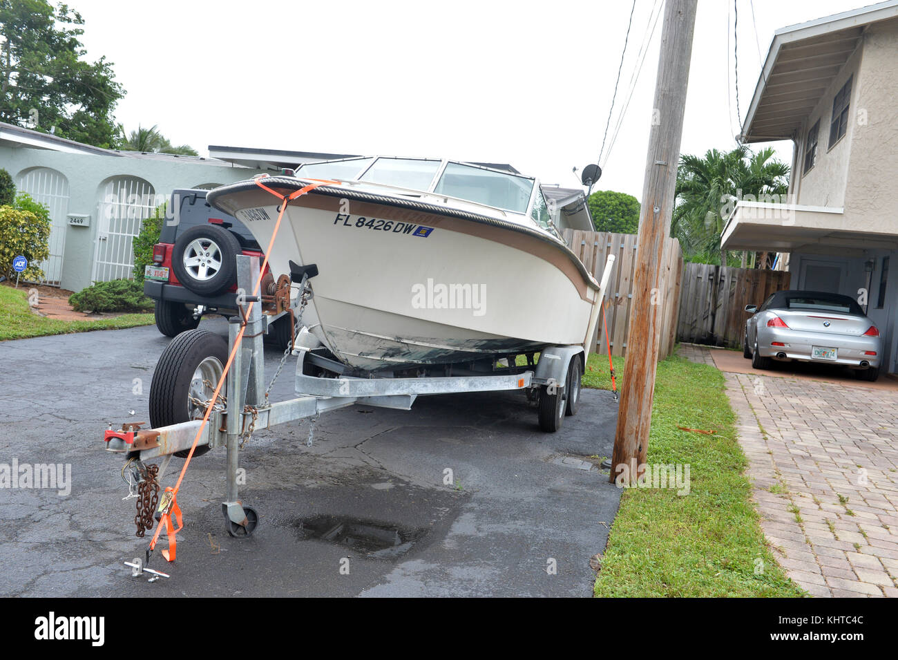 DAVIE,  FL - SEPTEMBER 09: (EXCLUSIVE COVERAGE)  Effects of Extreme Category 5 Hurricane Irma start to hit Florida, - Stock Image