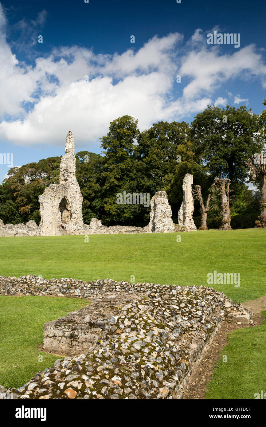 UK, England, Norfolk, Thetford, King Street, Ruins of Cluniac Priory of our Lady of Thetford - Stock Image