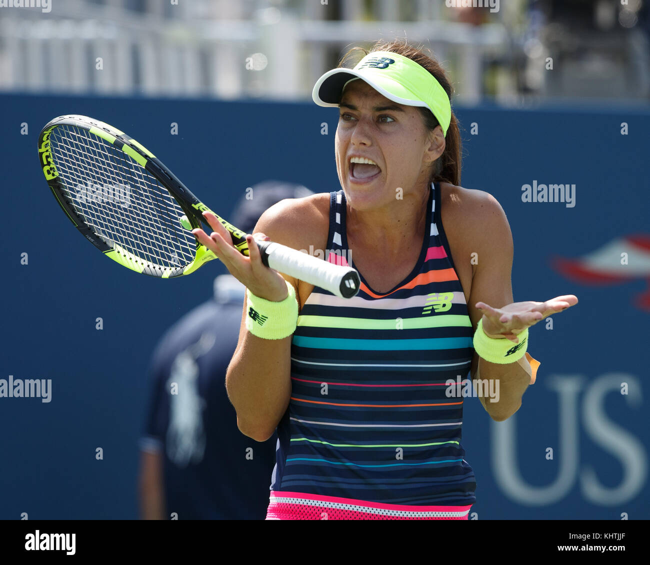 Romanian tennis player SORANA CIRSTEA (ROU) getting emotional during  women's singles match in US Open 2017 - Stock Image