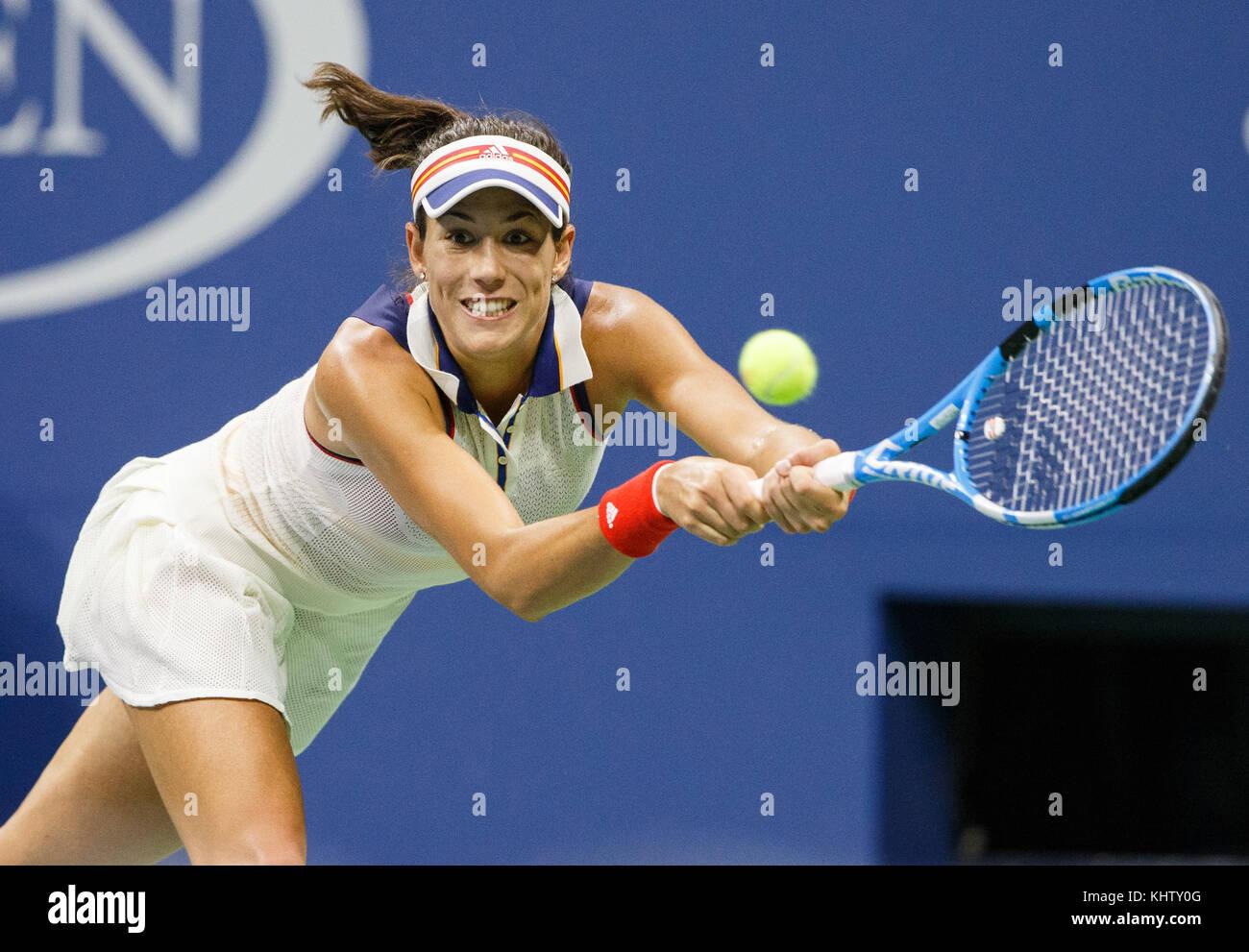 "Spanish  tennis player GARBI""E MUGURUZA (ESP) hitting a backhand shot during women's singles match in US Open - Stock Image"