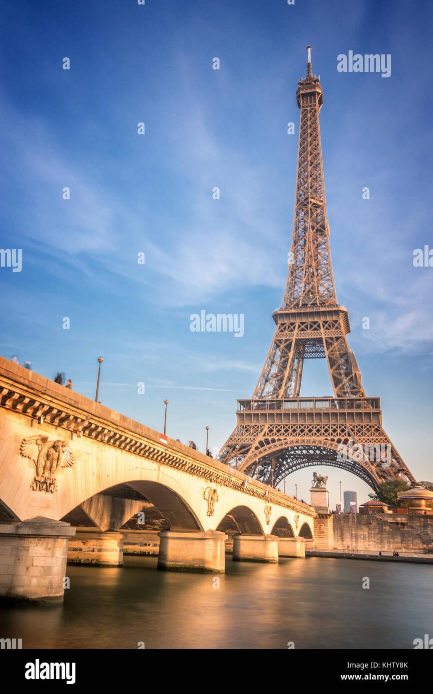 Iena bridge and Eiffel tower, Paris France - Stock Image