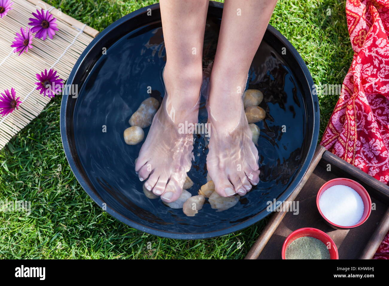 Feet Out Of Bath Stock Photos & Feet Out Of Bath Stock Images - Alamy