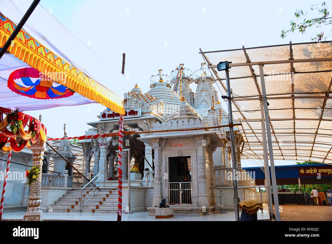 Temple facade, Shree Aai Mathaji Devi, Katraj road, Pune. Maharashtra, India - Stock Image