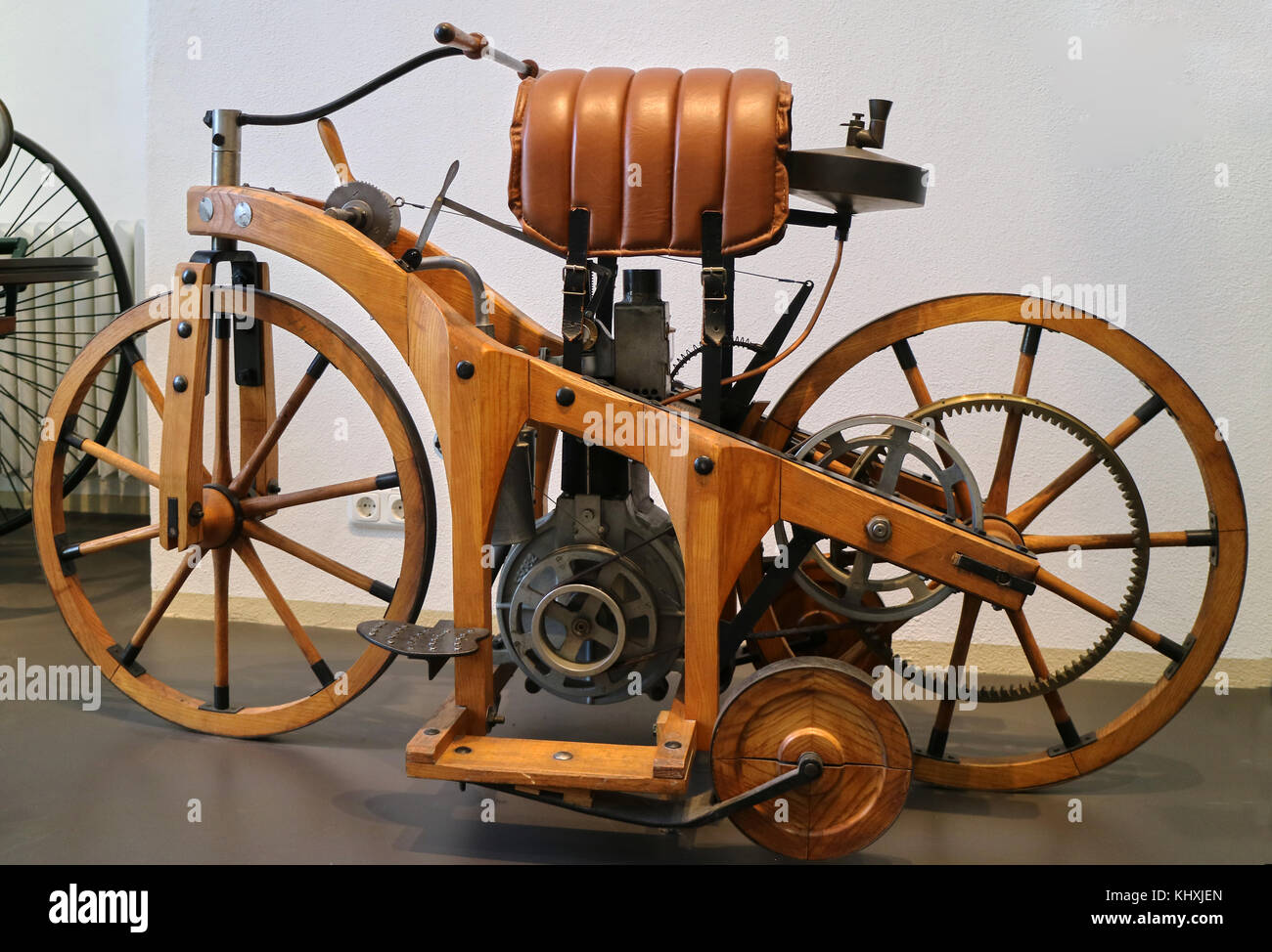 daimler motorcycle 1885 stock photos daimler motorcycle 1885 stock images alamy. Black Bedroom Furniture Sets. Home Design Ideas