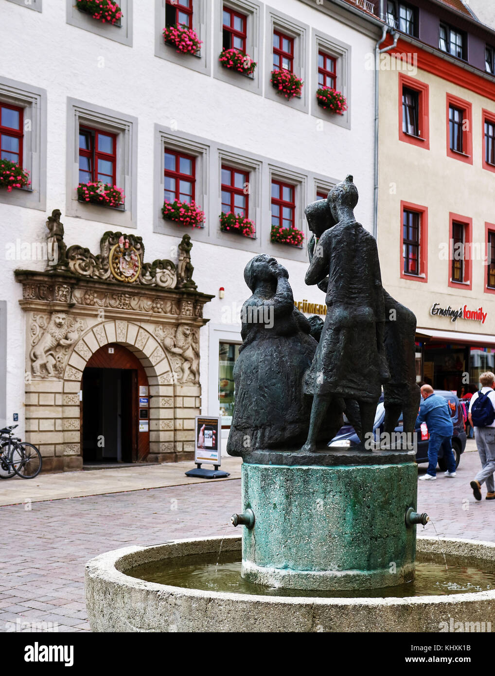 Europe, Germany, Saxony, Freiberg, the old town, the Obermarkt square;  fontaine - Stock Image