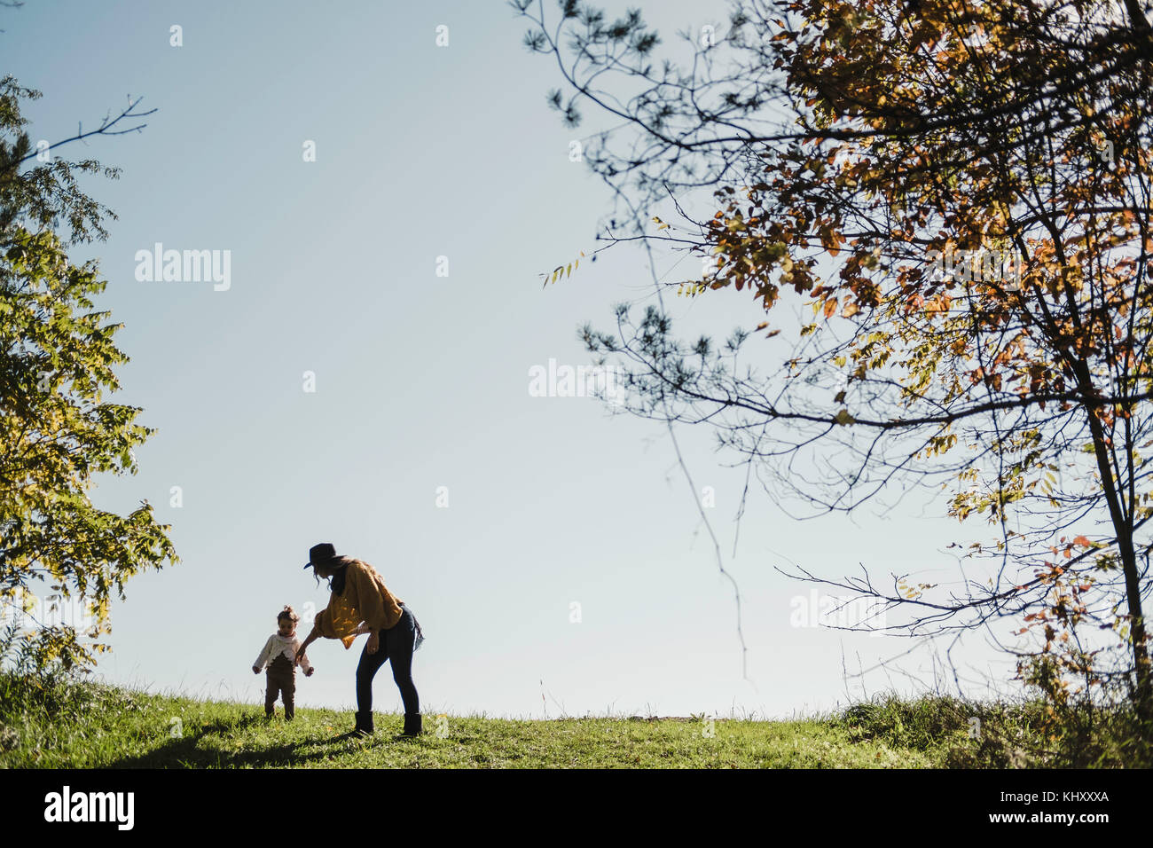 Mother and baby girl on hilltop, Oshawa, Canada, North America - Stock Image