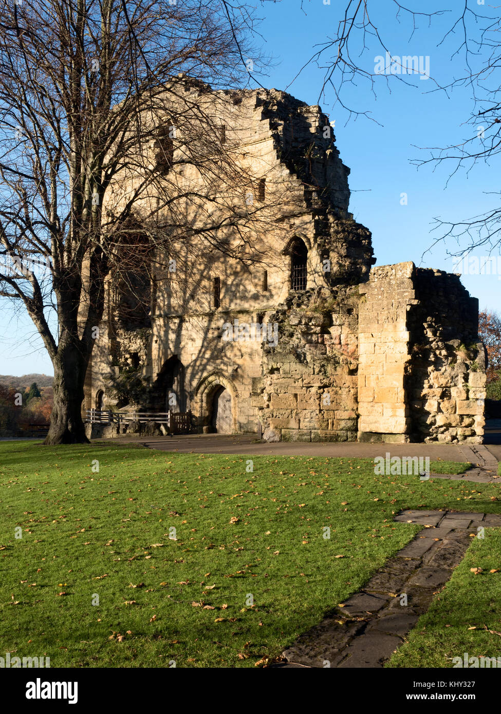 The Kings Tower at Knaresborough Castle in Autumn Knaresborough North Yorkshire England - Stock Image