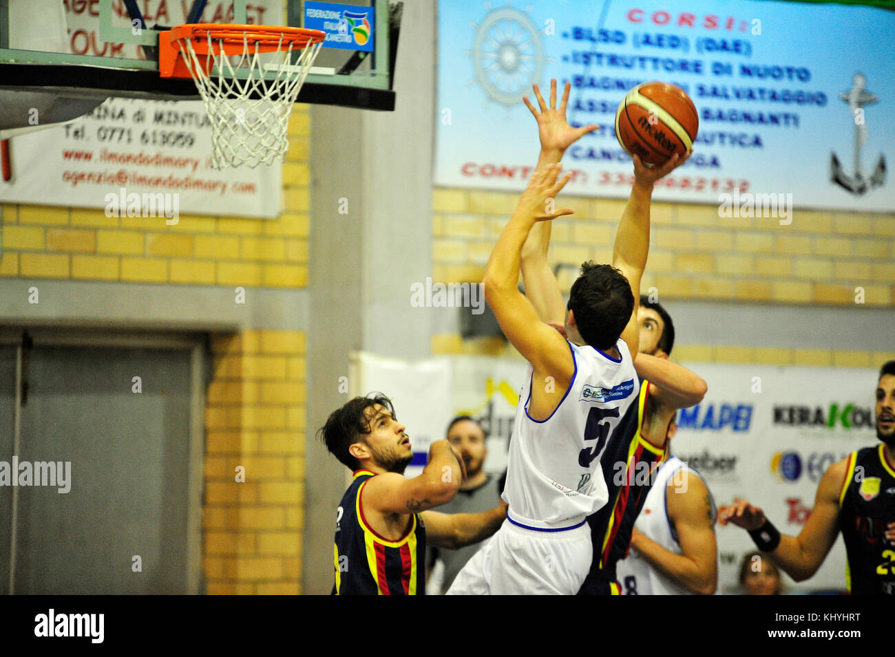 Minturno, Italy. 19th Nov, 2017. Dante Richotti #5 of Basket Scauri trying to score basket during the first half Stock Photo