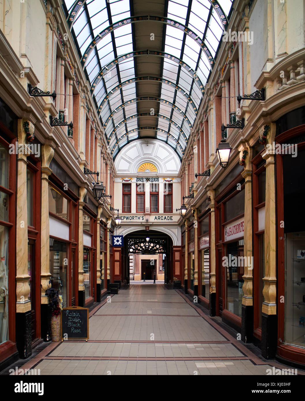 England, East Riding of Yorkshire, Kingston upon Hull city, Hepworth Arcade shops - Stock Image