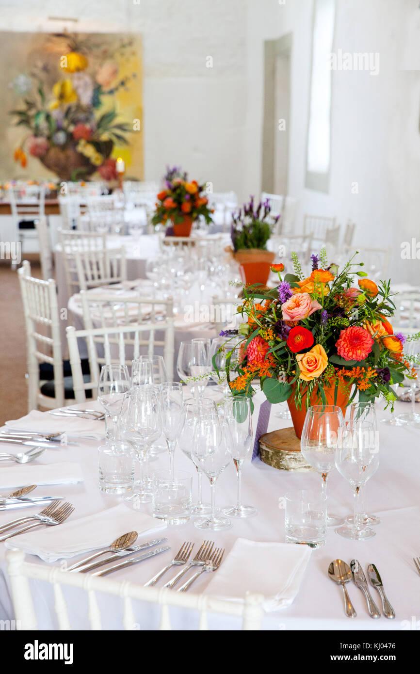 Wedding Flower Arrangements Stock Photos & Wedding Flower ...