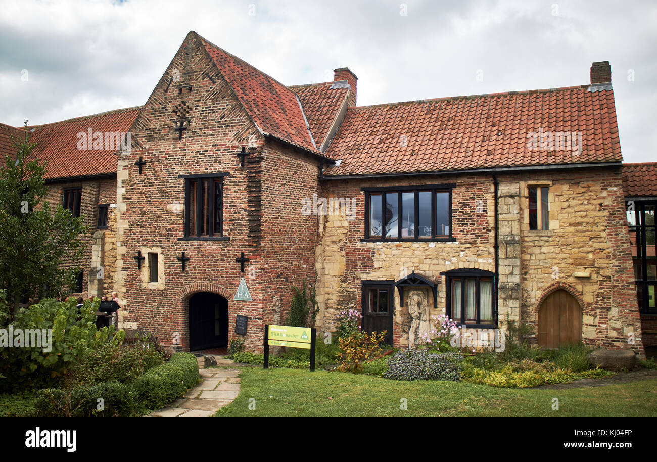 England, East Riding of Yorkshire, Beverley, YHA Beverley Friary, luxury group holidays  area A beautifully restored - Stock Image