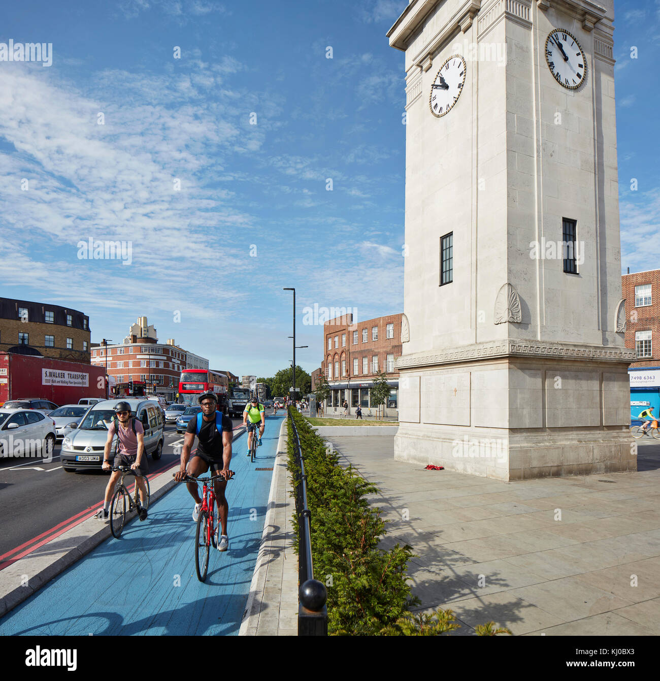 Stockwell War Memorial with bicycle lane. Stockwell Framework Masterplan, London, United Kingdom. Architect: DSDHA, - Stock Image