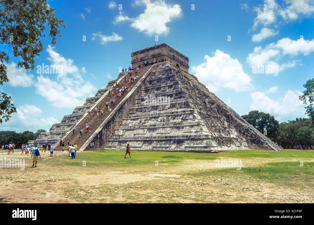 Temple of Kukulkan, pyramid in Chichen Itza, Yucatan, Mexico - Stock Image