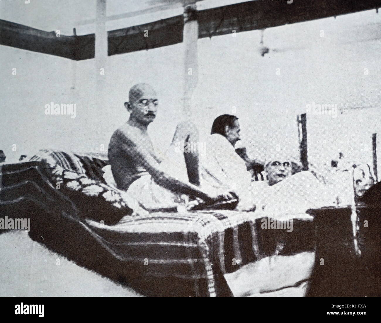 Mohandas Karamchand Gandhi (1869 – 1948) at a meeting of the Indian National Congress, 1940. Gandhi was the preeminent - Stock Image