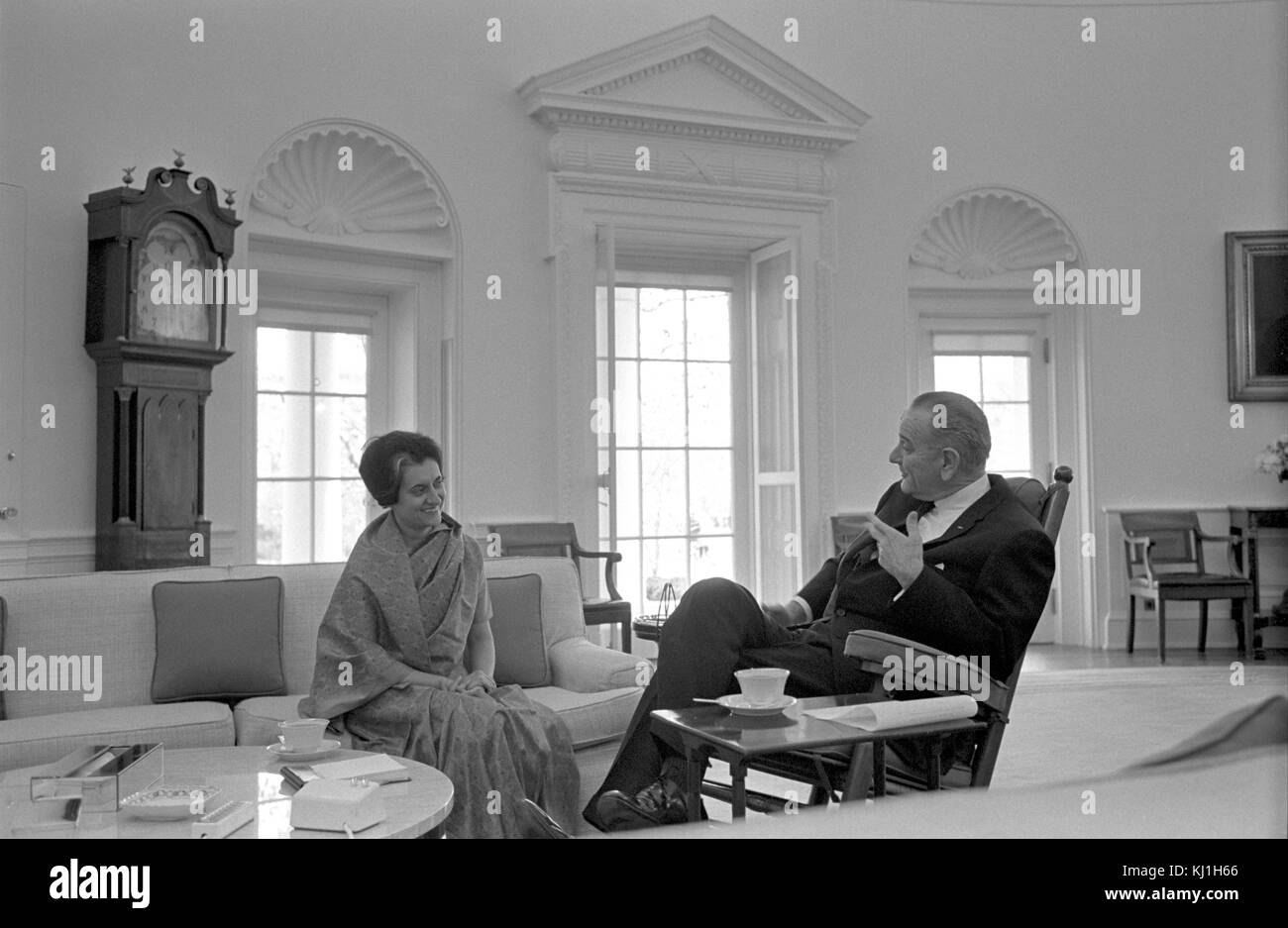 Indira Gandhi with President Lyndon Johnson of the USA, meet in Washington 1968. Indira Gandhi (1917 – 1984) Indian - Stock Image