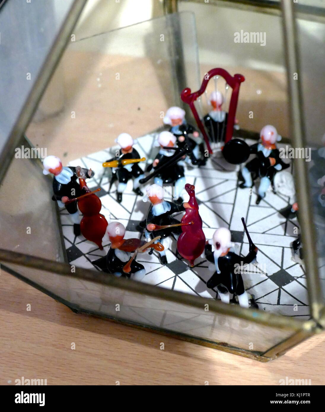 Miniature Vivaldi Orchestra made up of glass musicians scaled for a Dolls House, Venetian, Late 19th century - Stock Image