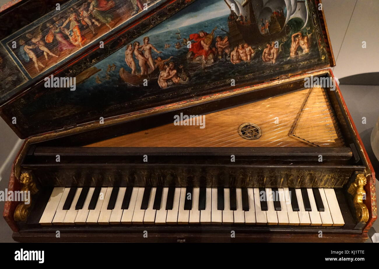 An Octave spinet, a portable keyboard instrument, from Italy. Dated 17th Century - Stock Image