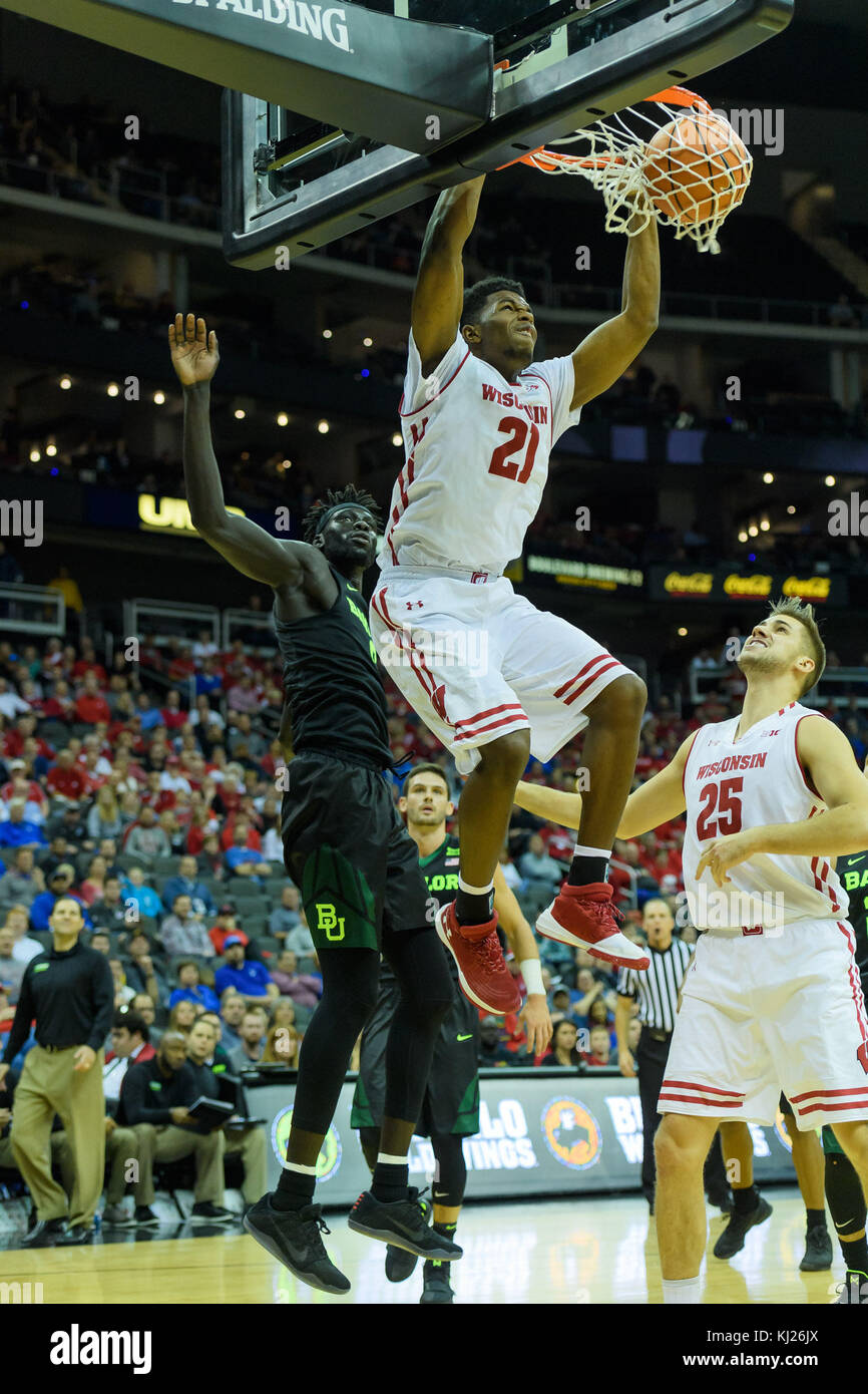 November 20, 2017 - Kansas City, MO. U.S. - Wisconsin Badgers guard Khalil Iverson #21 in action during the Hall - Stock Image