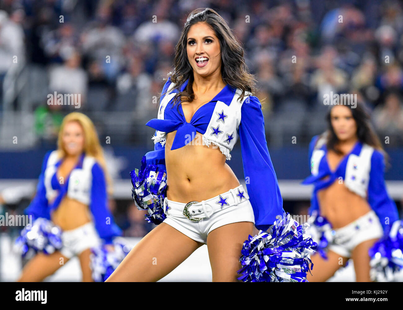 50020c37059 November 19, 2017: The Dallas Cowboys cheerleaders perform during an NFL  football game between
