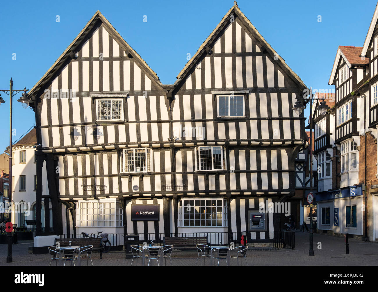 Twin gabled 15th-century timbered merchants house now NatWest bank in Cotswolds town. Market Square, Evesham, Wychavon, - Stock Image